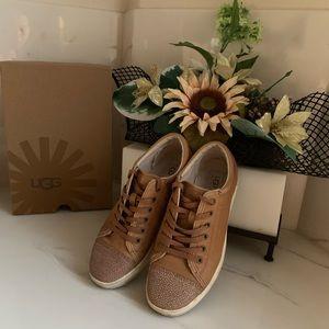 UGG TAYA Sneaker size 8.5 brown